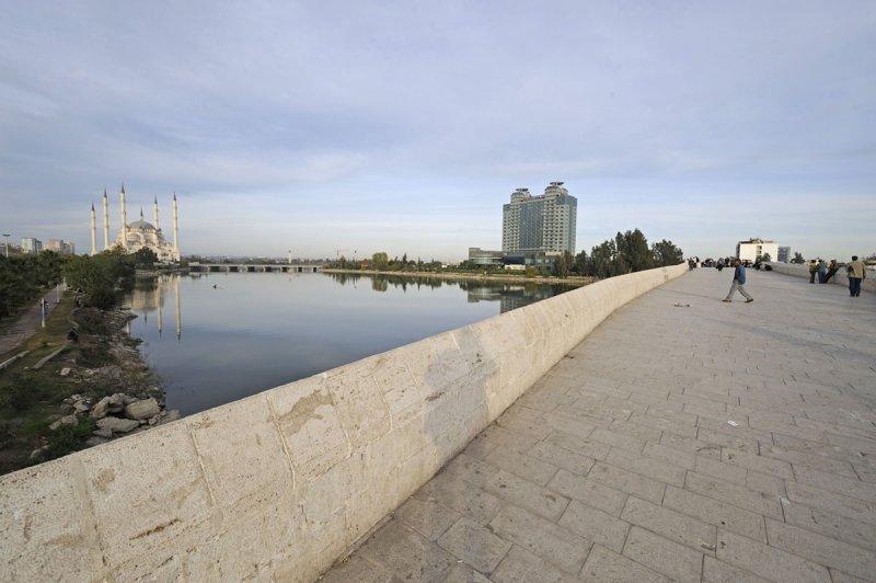 Adana dec 2008 5740.jpg