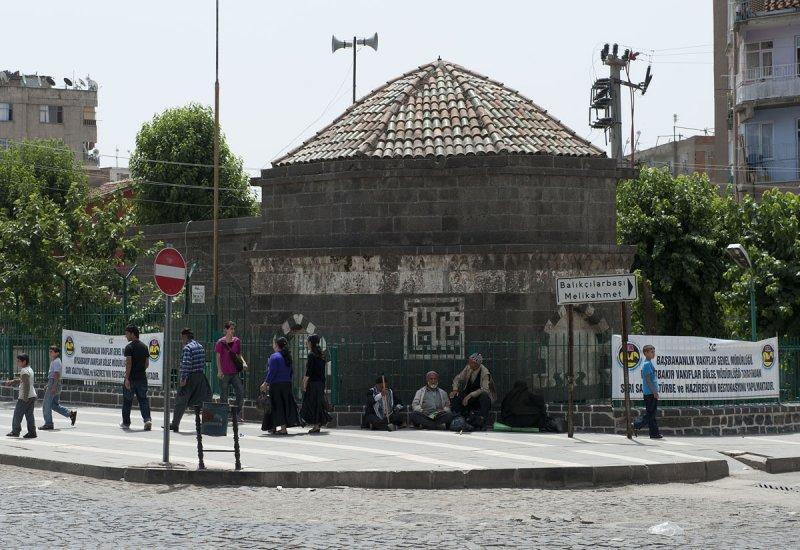 Diyarbakir June 2010 7634.jpg