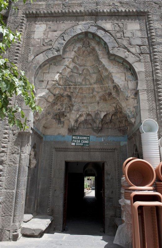 Diyarbakir June 2010 7647.jpg