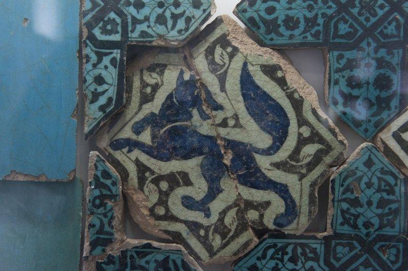 Konya Karatay Ceramics Museum 2010 2319.jpg