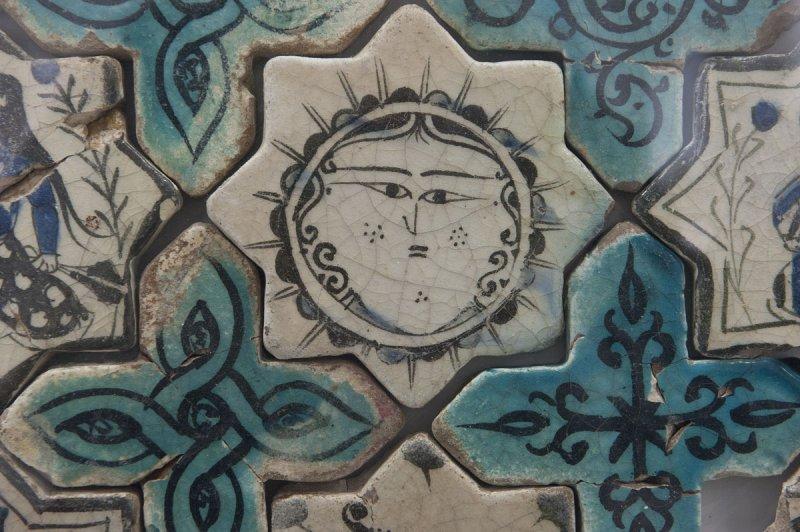 Konya Karatay Ceramics Museum 2010 2429.jpg