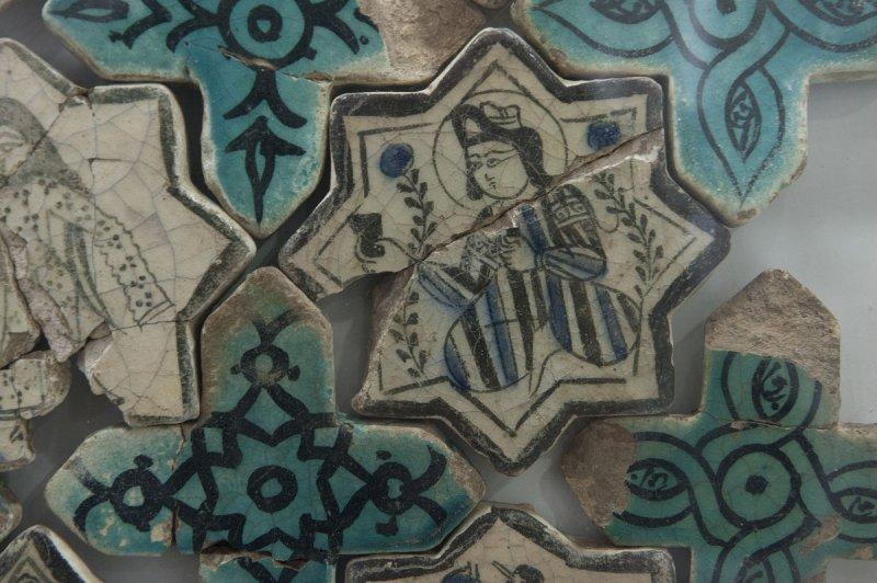 Konya Karatay Ceramics Museum 2010 2435.jpg