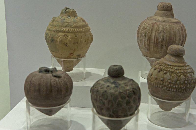 Konya Karatay Ceramics Museum 2010 2491.jpg