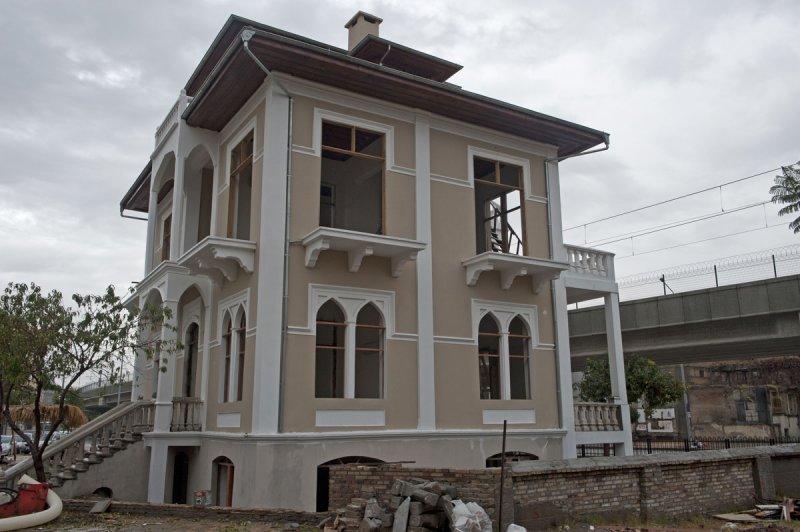 Adana 2010 1638.jpg