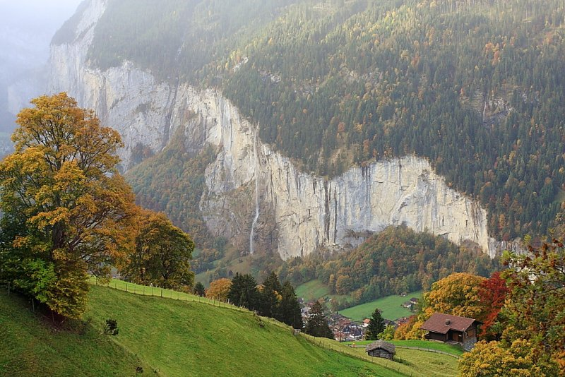 Lauterbrunnen Valley (IMG_6564.JPG)
