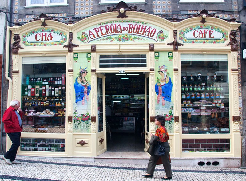 Traditional Cafe