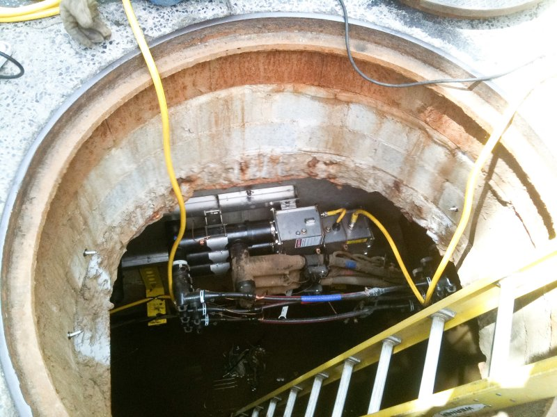 manhole26a-8.jpg