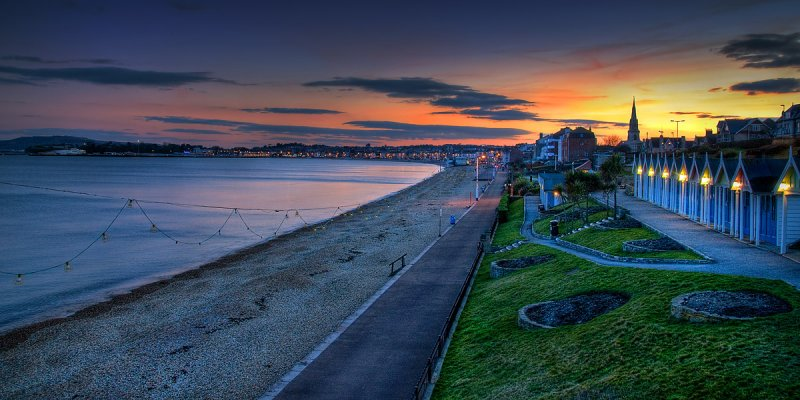 Sunset on the seafront, Weymouth (2006)