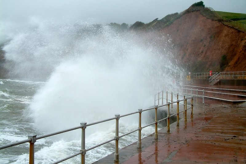 Stormy weather, Sidmouth (2993)