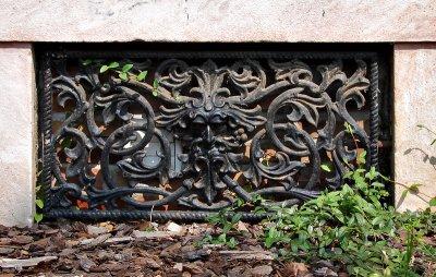 Philadelphia Row grille