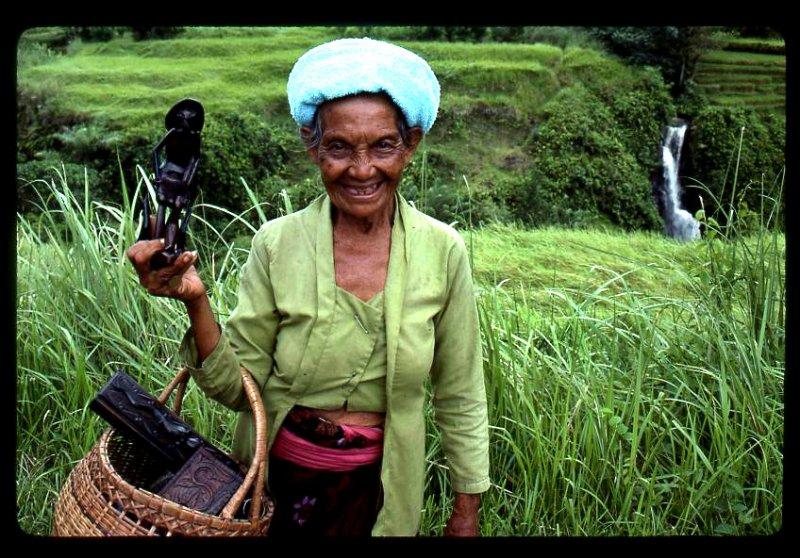 Baliwoman.jpg