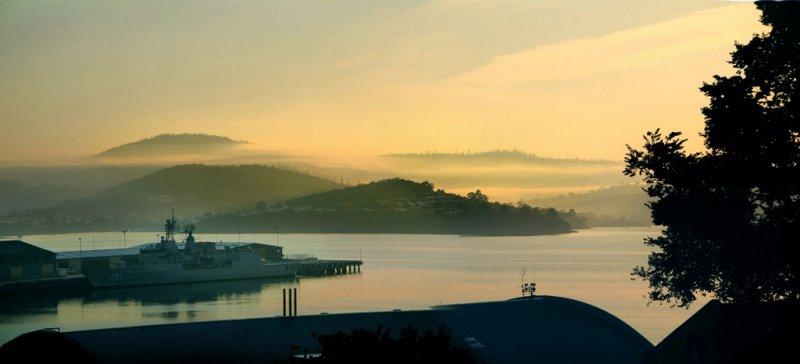 morning mist, Hobart