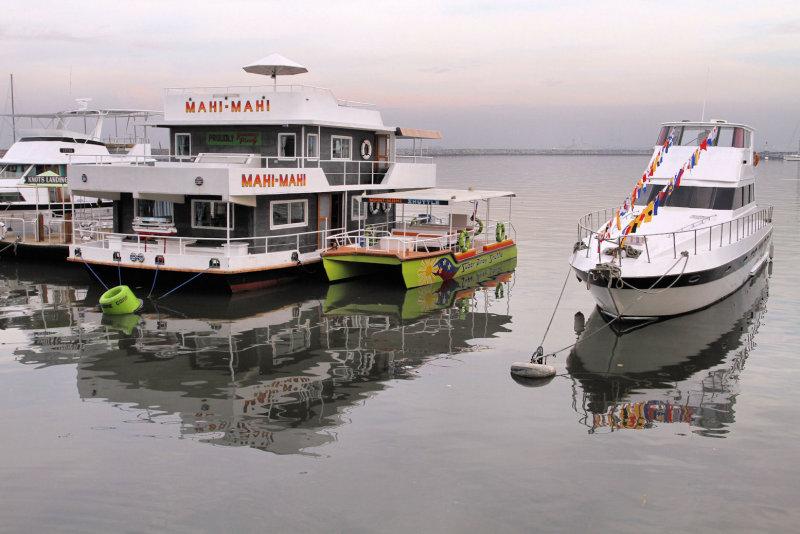 Manila Bay, City of Manila, Philippines (9).jpg