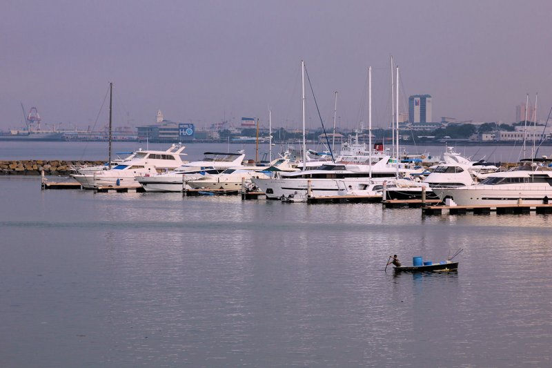 Manila Bayside (3).jpg