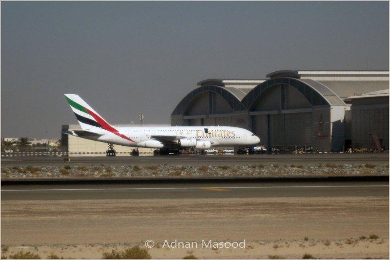 A380_Dubai_Airport.jpg