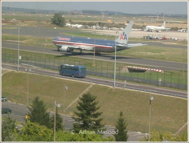 Paris_Airport.JPG