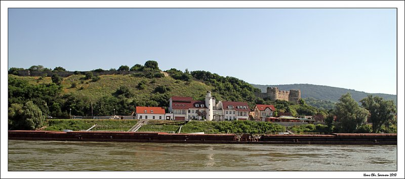 Vue from Donau