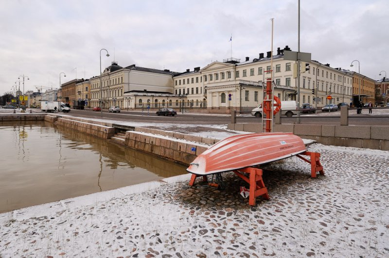 Life Boat at the Presidential Palace