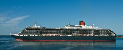 Cunards Queen Victoria at Cherbourg