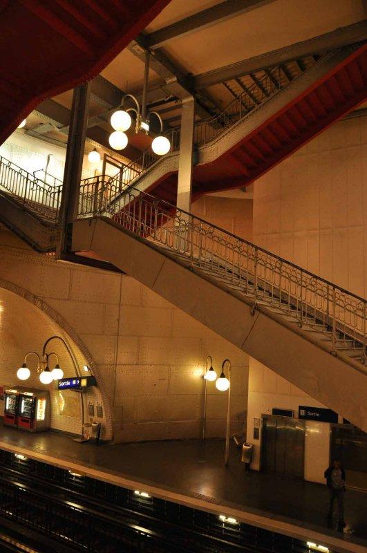 8404 Métro - station Cité