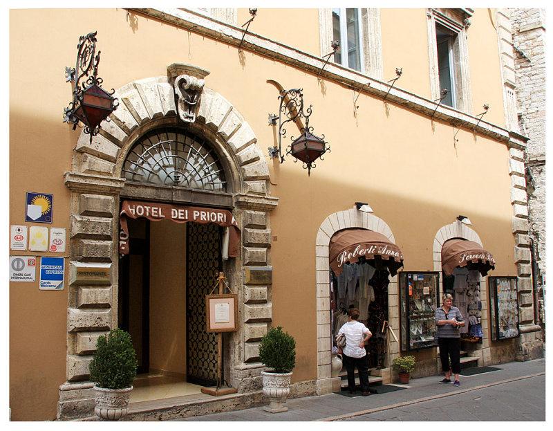 Assisi_1-6-2008 (233).jpg
