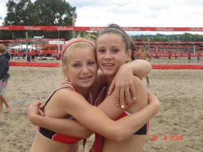 Julie Longman & Jamie Fryer - 2009 National 14U Beach Champions