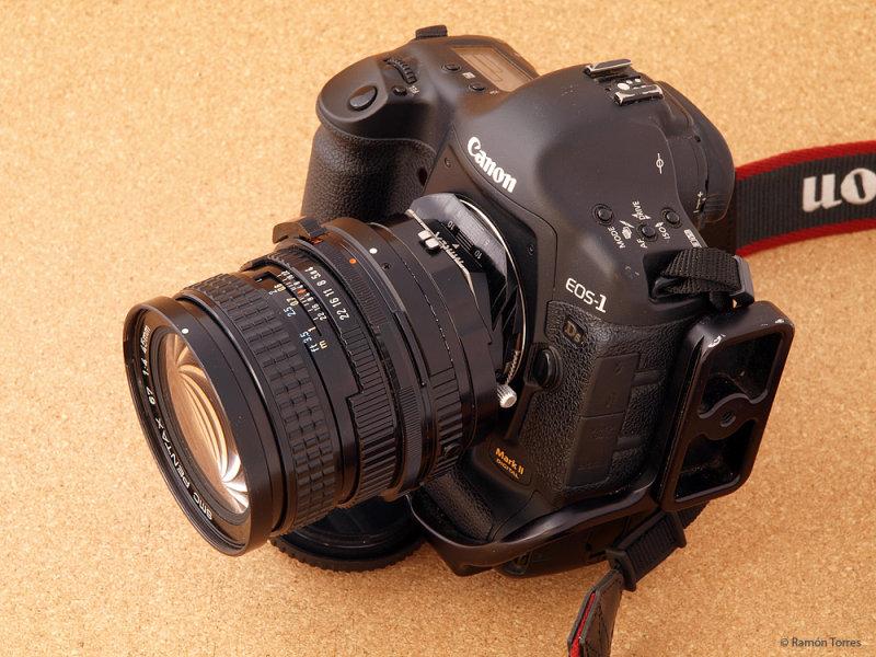 PC267966r.jpg