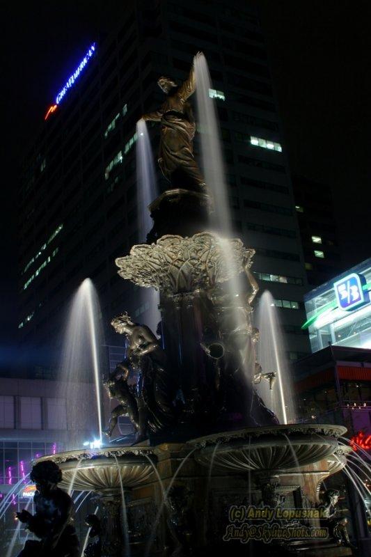 Tyler Davidson Fountain at Night