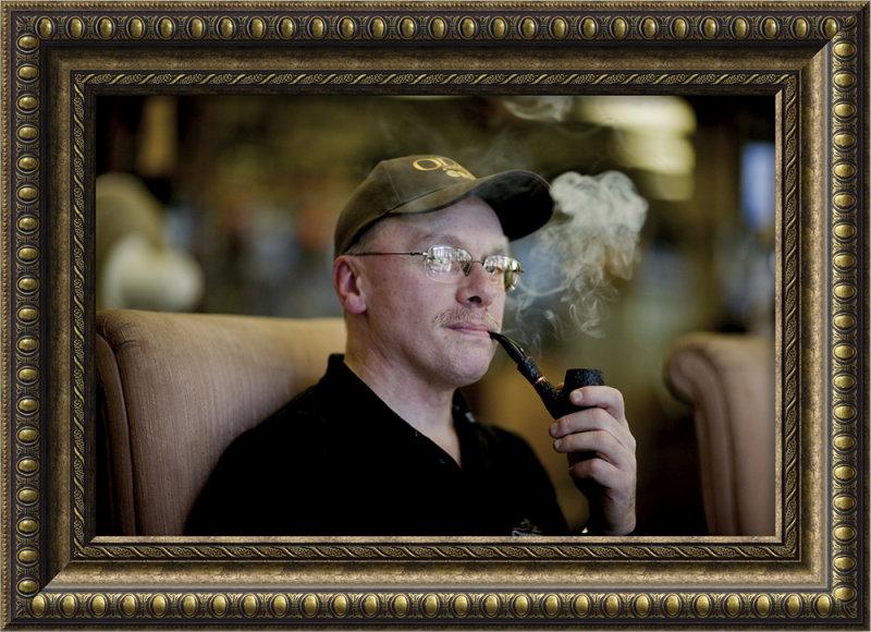 pipe smoker 44.jpg
