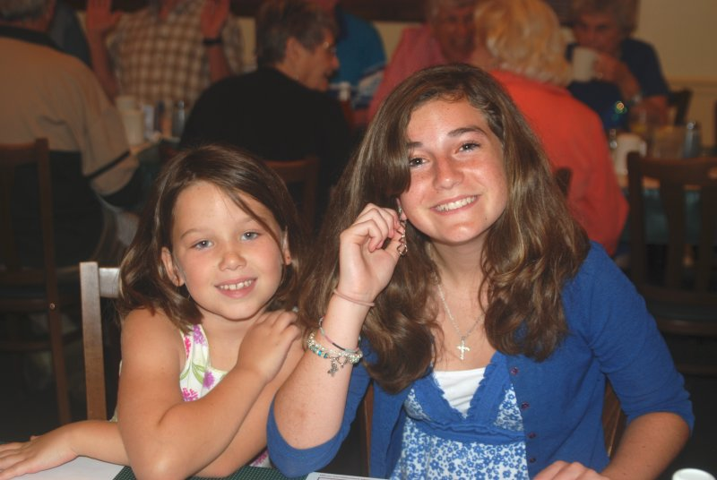 Paige and Carlee at brunch