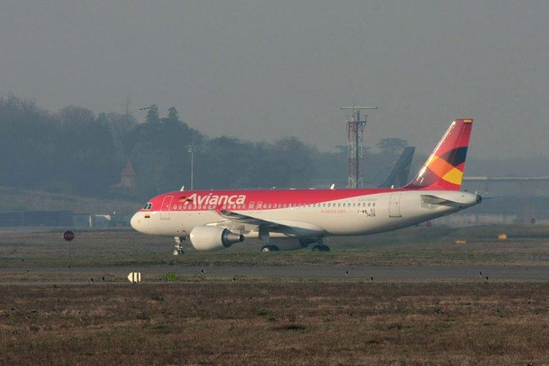 AVA_A320-214