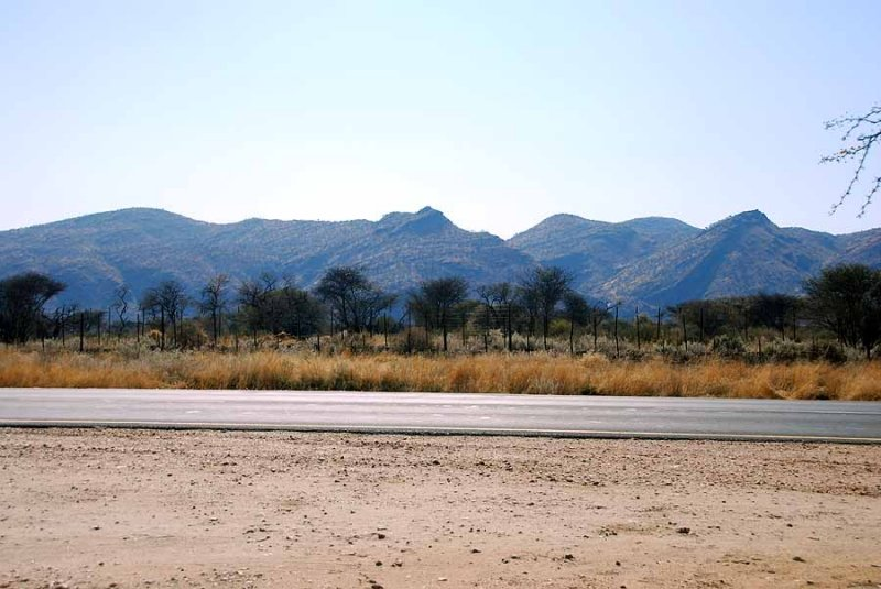ON THE ROAD FROM WINDHOEK