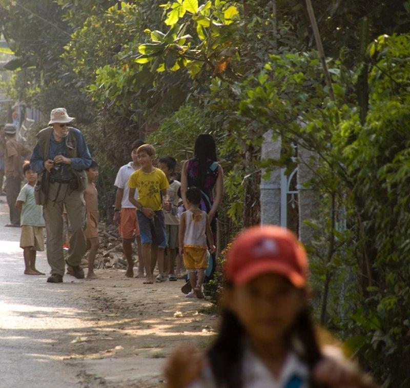 <B>Followers</B> <BR><FONT SIZE=2>Tan Chau, Vietnam, January, 2008</FONT>