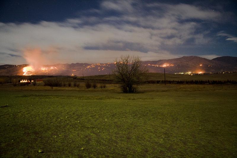 A rare winter fire in Boulder, CO, USA