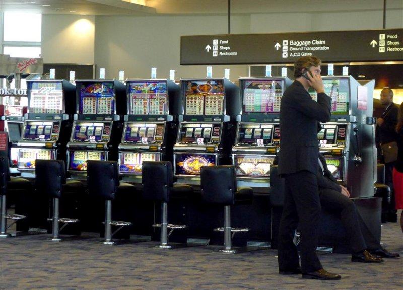 354 Vegas airport.jpg
