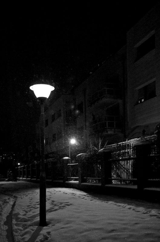 Snowy Night Lanterns