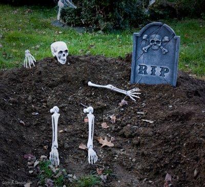Laid back skeleton