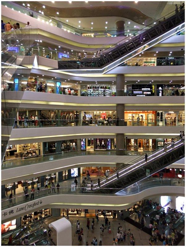 (shooting) shopping can be fun...