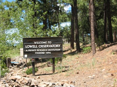 Welcome to Lowell Observatory (photo courtesy of Chris&Karen Hanrahan)