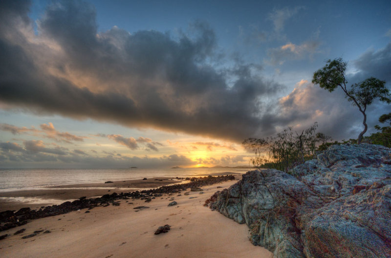 Sunrise over the tip of Cape York (DSC4861-63)