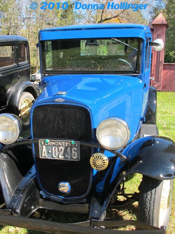 Blue Antique Car At the AppleFest