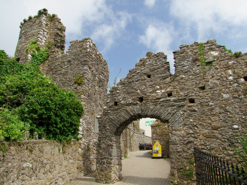 Tenby  Castle  gateway.