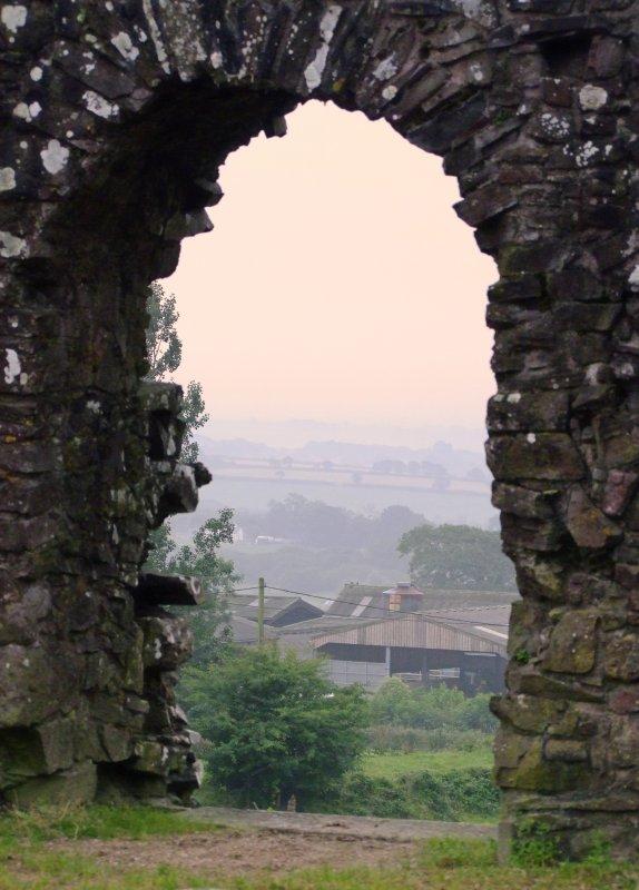 Wiston  Castle / 3