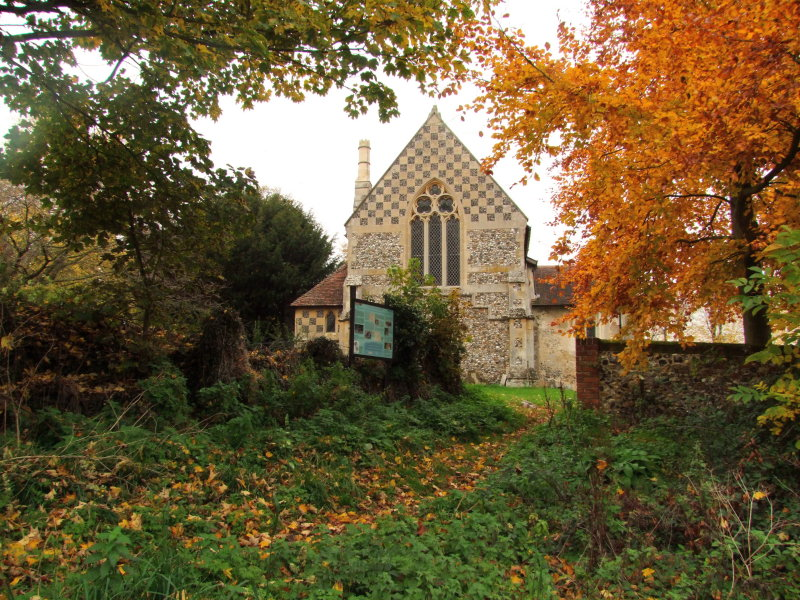 Footpath  entrance  to  St.Botolphs  Churchyard