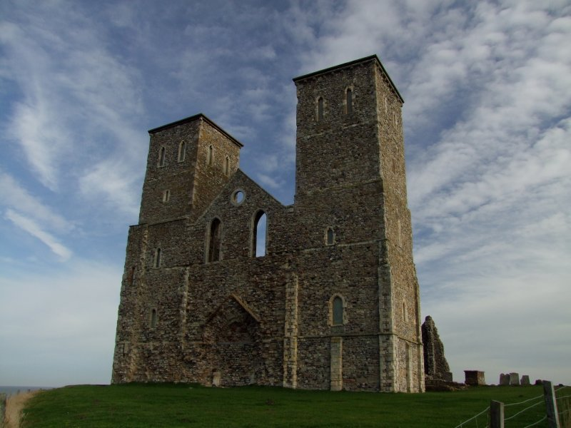 The  twin  sisters , Reculver