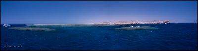 Shark & Yolanda reef panorama