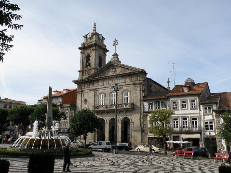 Largo do Toural in Guimaraes, in the Minho