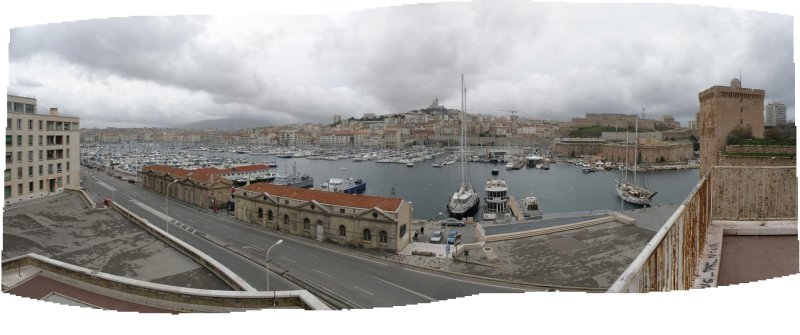 pano: overlooking the old port