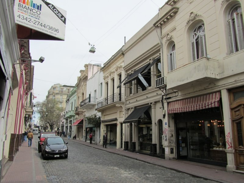 in the neighborhood of San Telmo (near our hotel)