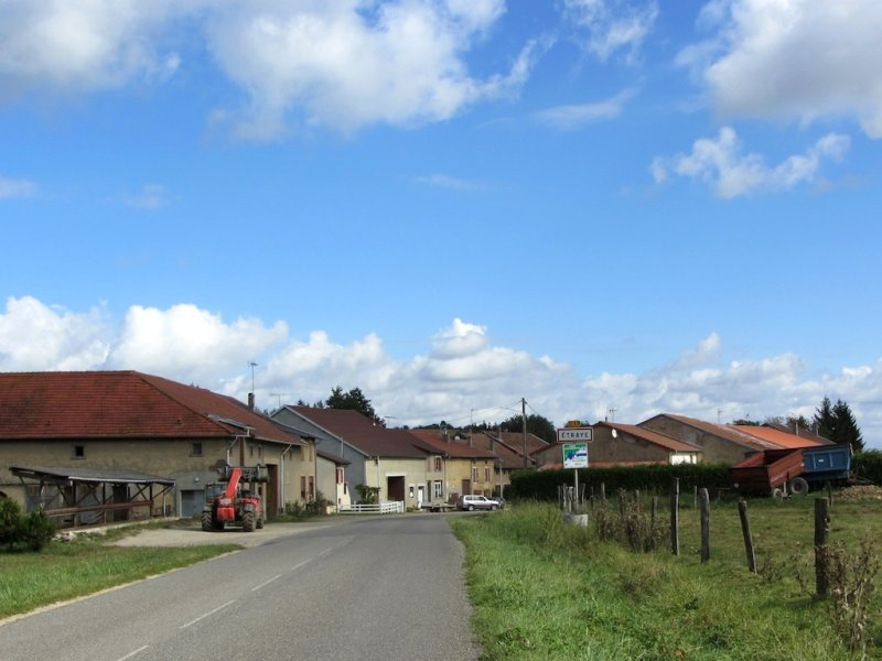 and heres the village of Étraye, adjacent to the woods named for another battle
